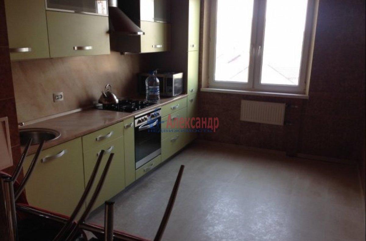 3-комнатная квартира (82м2) в аренду по адресу Типанова ул., 38— фото 1 из 7