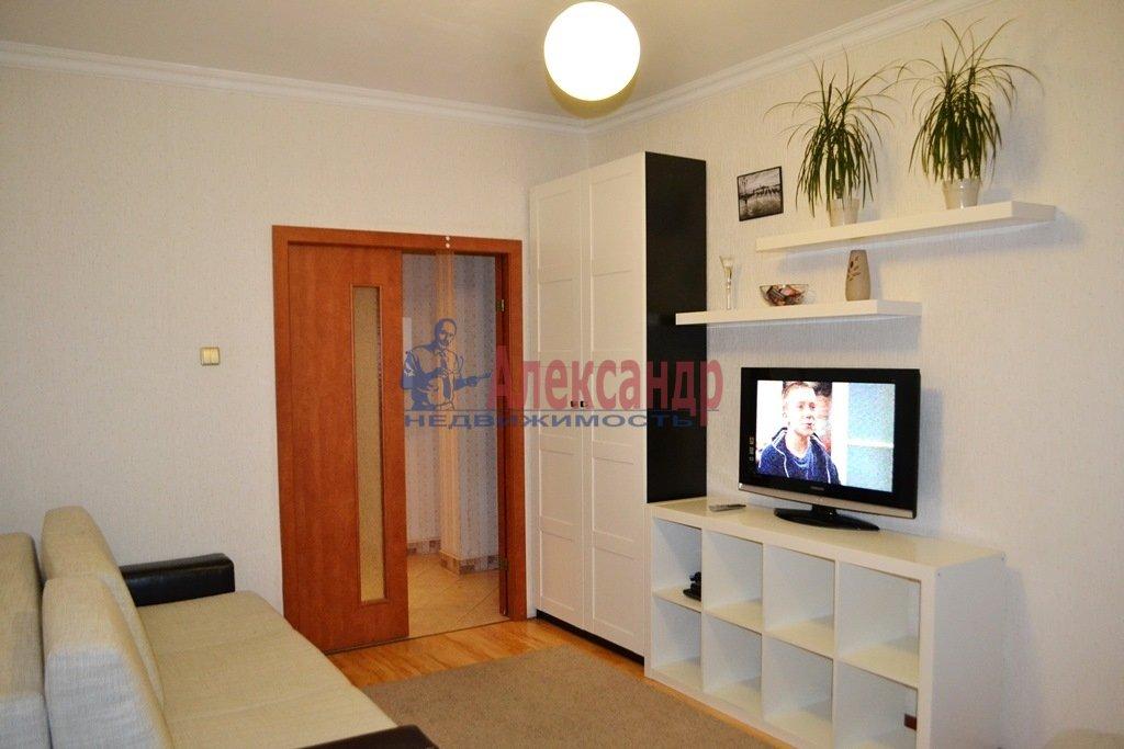 1-комнатная квартира (40м2) в аренду по адресу Ланское шос., 14— фото 1 из 9