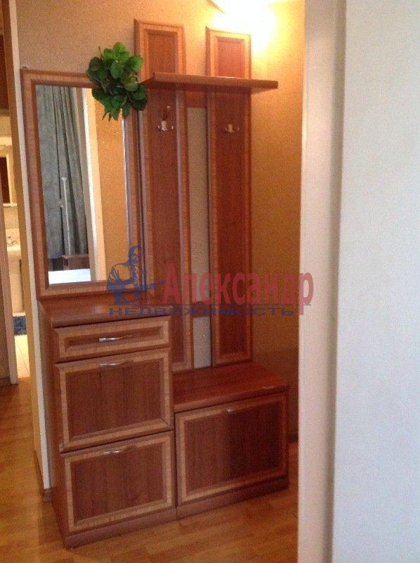 2-комнатная квартира (57м2) в аренду по адресу Лиговский пр., 81— фото 3 из 10