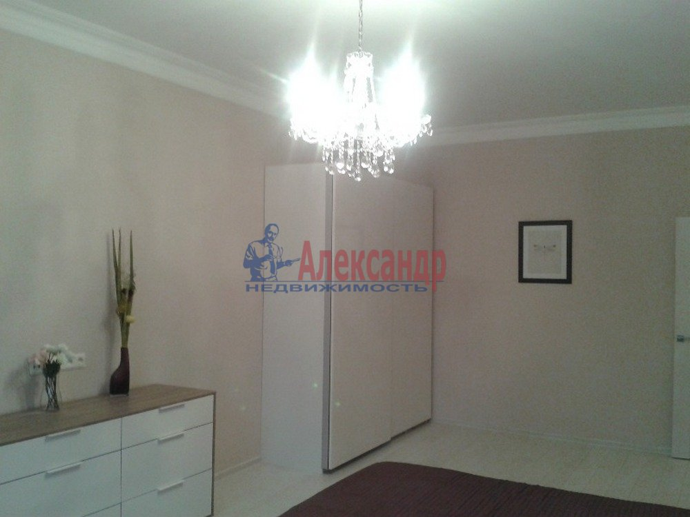 2-комнатная квартира (80м2) в аренду по адресу Петрозаводская ул., 13— фото 8 из 14