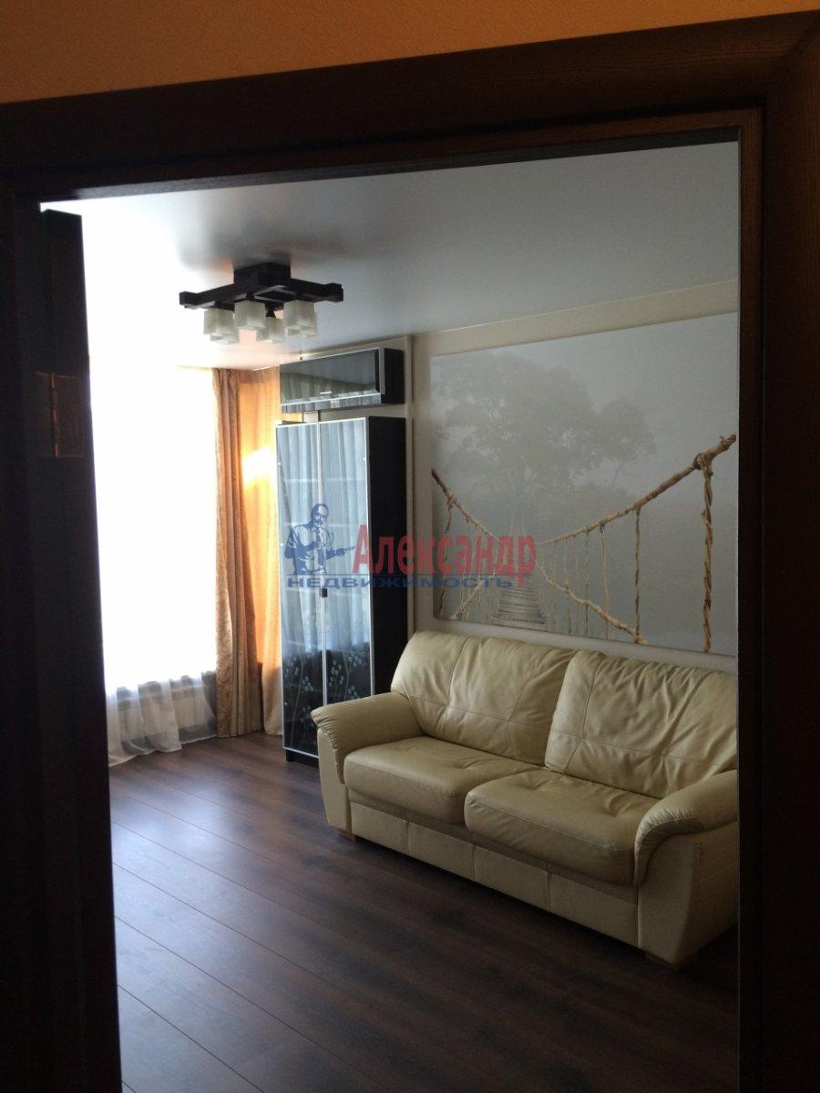 1-комнатная квартира (39м2) в аренду по адресу Кораблестроителей ул., 19— фото 4 из 8