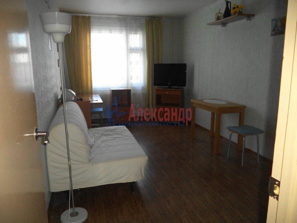 3-комнатная квартира (85м2) в аренду по адресу Богатырский пр., 53— фото 4 из 6