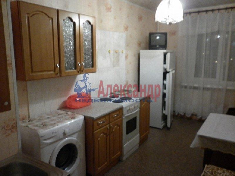 1-комнатная квартира (40м2) в аренду по адресу Хасанская ул., 20— фото 1 из 6
