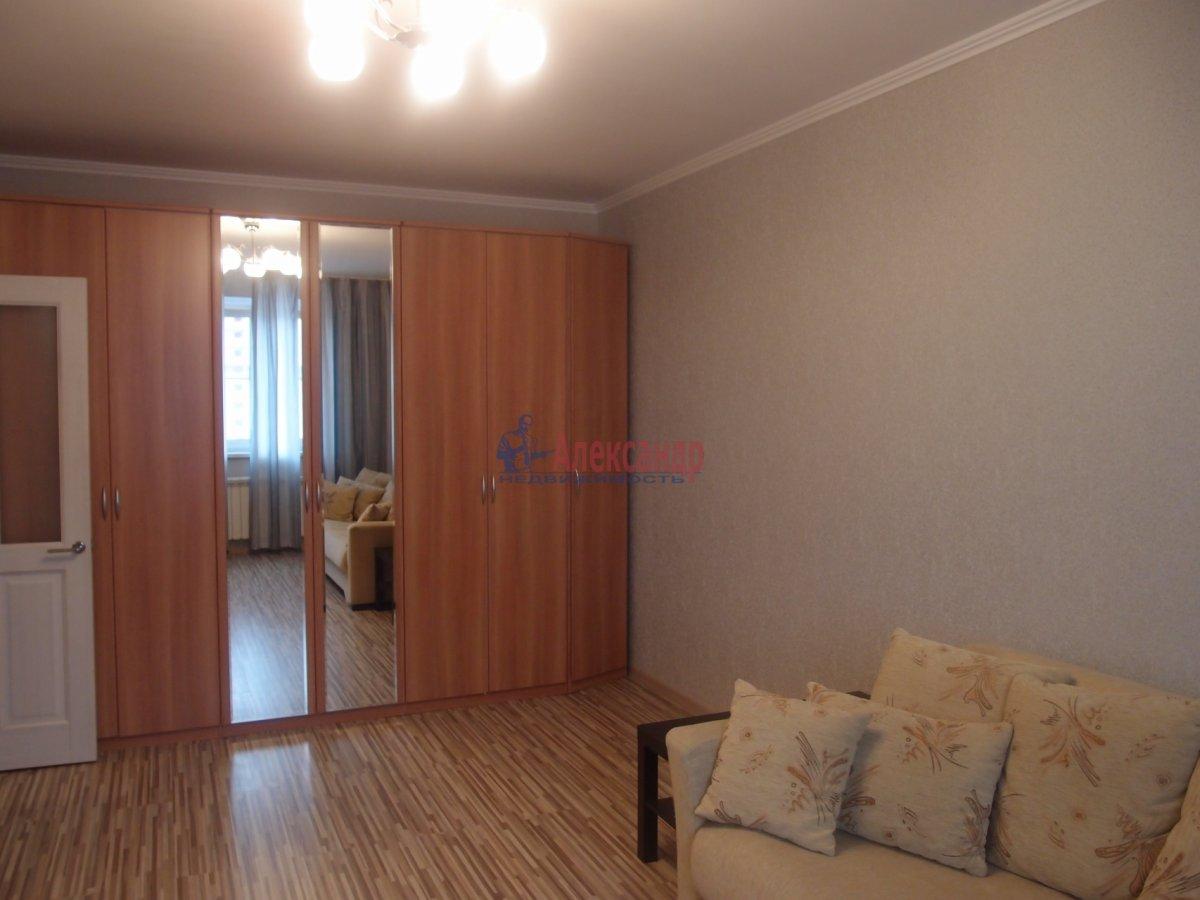 1-комнатная квартира (42м2) в аренду по адресу Яхтенная ул., 9— фото 3 из 6
