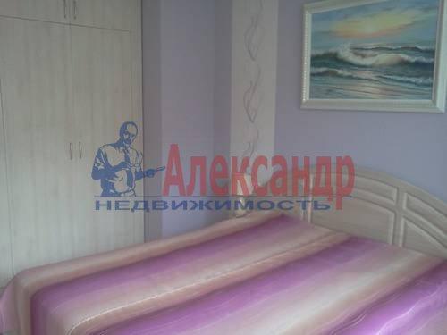 2-комнатная квартира (60м2) в аренду по адресу Катерников ул., 5— фото 7 из 9