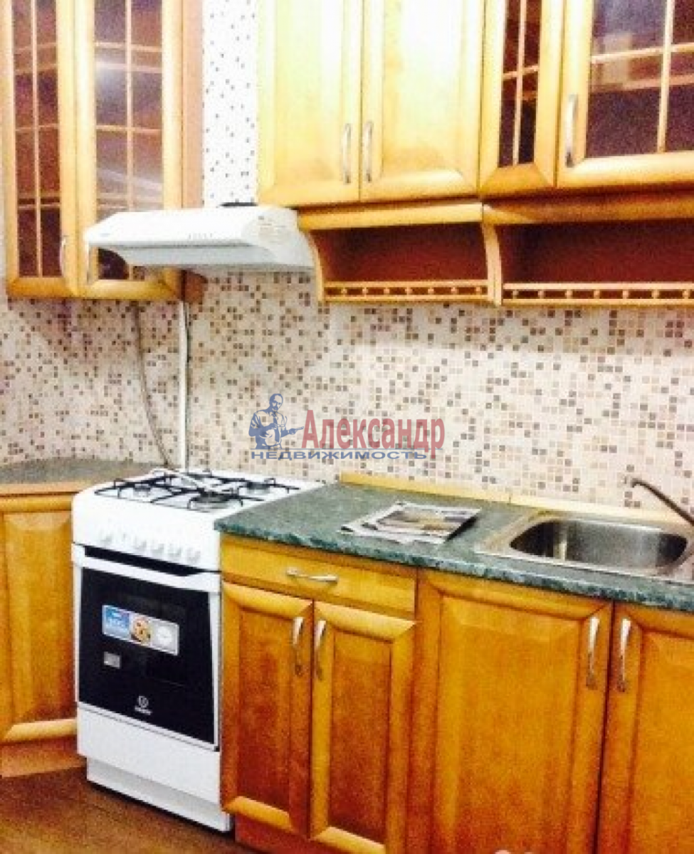 1-комнатная квартира (33м2) в аренду по адресу Маршала Казакова ул., 44— фото 6 из 6