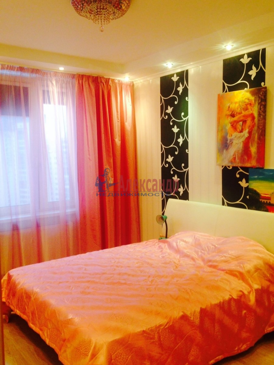 1-комнатная квартира (41м2) в аренду по адресу Малая Монетная ул., 7— фото 2 из 2