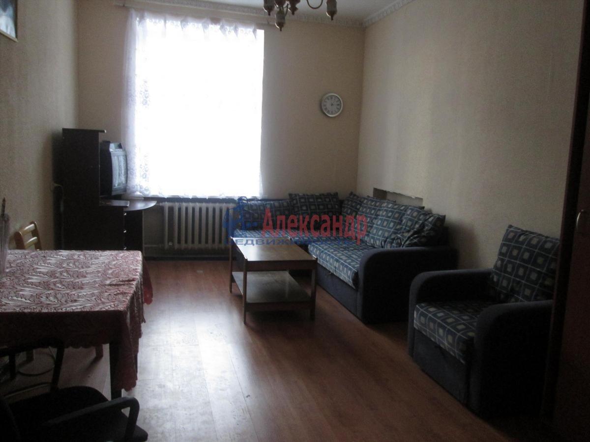 3-комнатная квартира (90м2) в аренду по адресу Московский просп., 191— фото 1 из 9