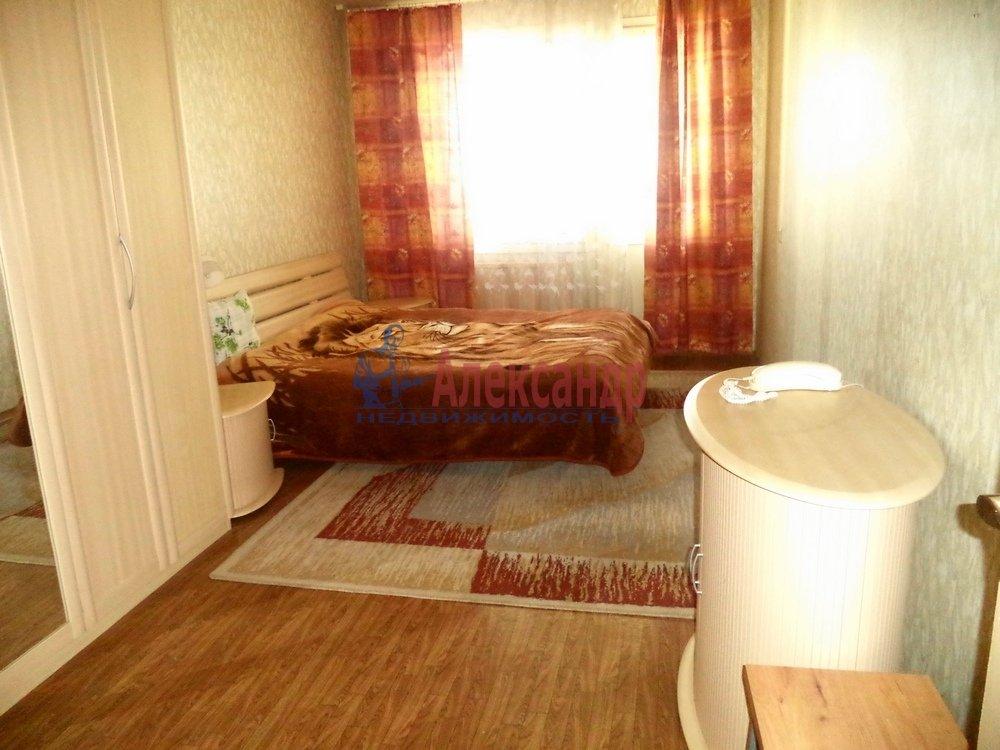3-комнатная квартира (85м2) в аренду по адресу Богатырский пр., 53— фото 2 из 6