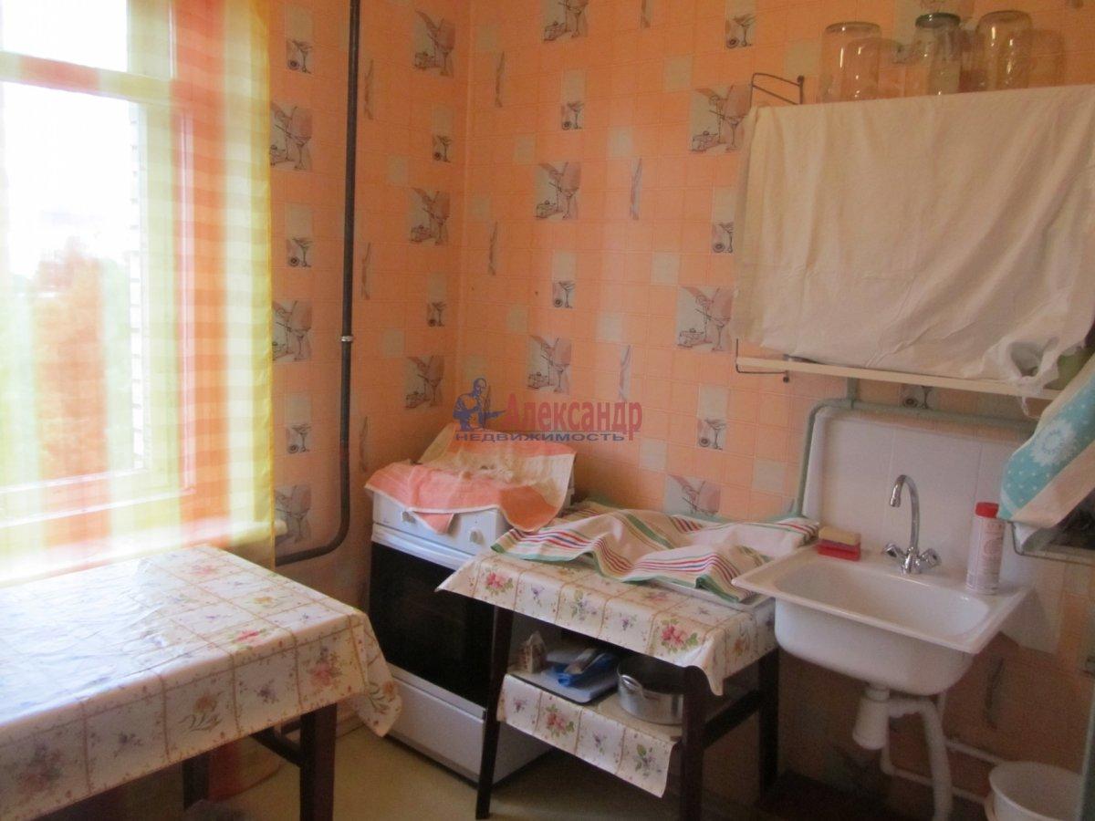 1-комнатная квартира (45м2) в аренду по адресу Крестьянский пер., 5— фото 2 из 4