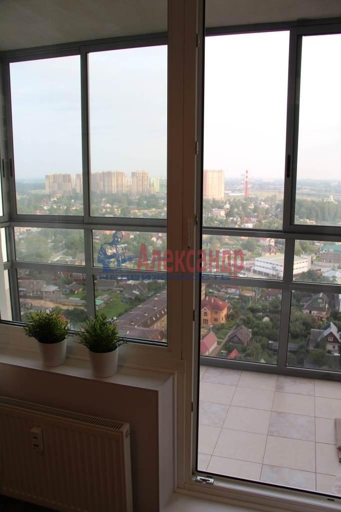 1-комнатная квартира (44м2) в аренду по адресу Мурино пос., Привокзальная пл., 3— фото 4 из 11