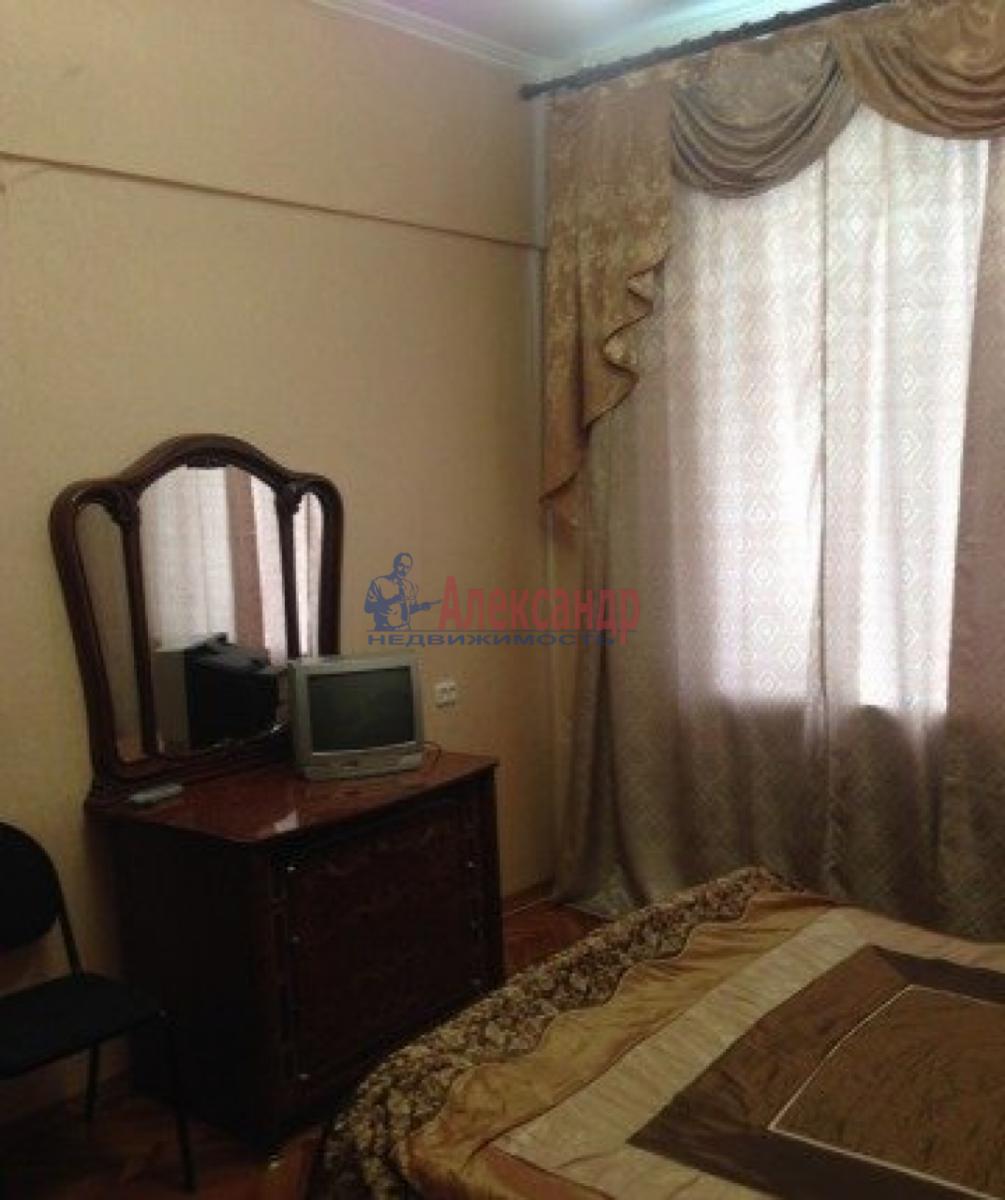 Комната в 2-комнатной квартире (56м2) в аренду по адресу Фонарный пер., 12— фото 1 из 3