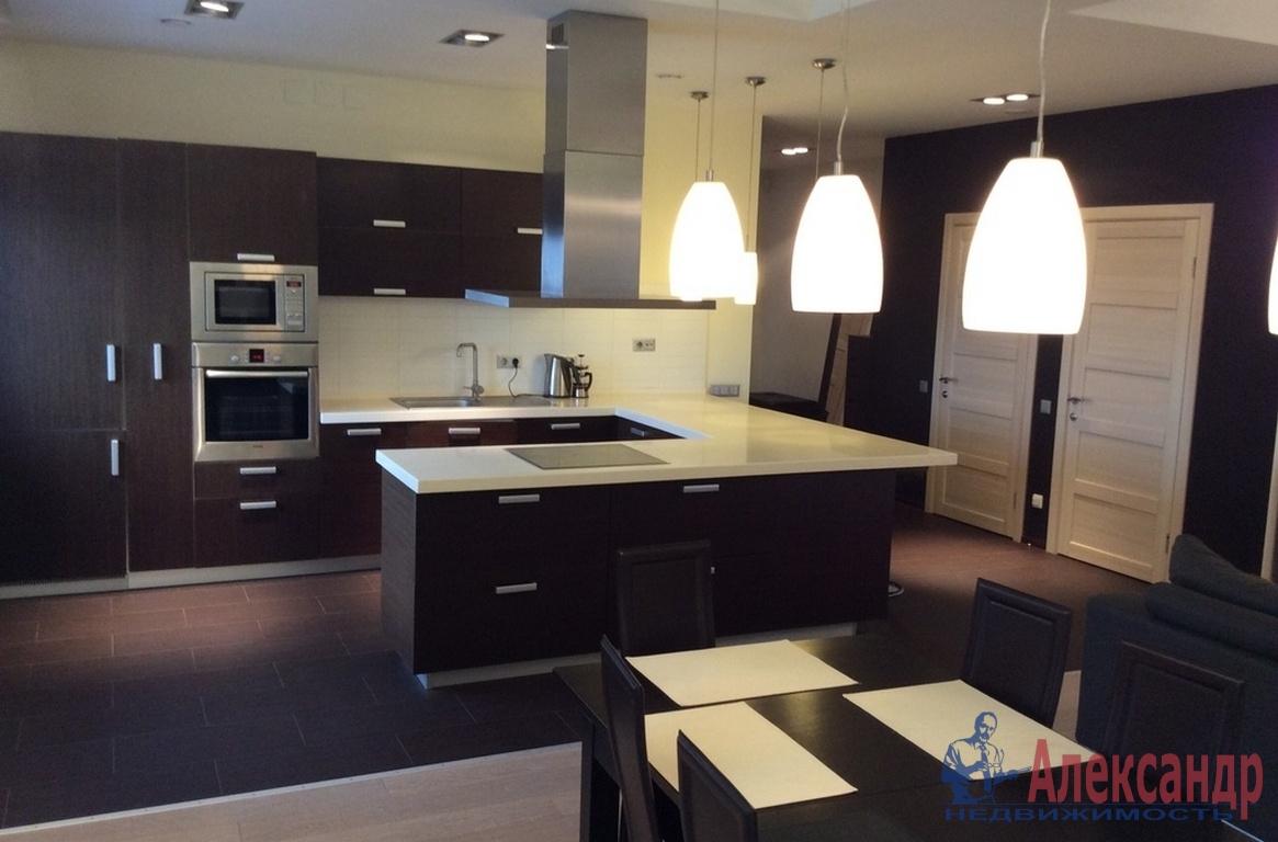 3-комнатная квартира (180м2) в аренду по адресу Манежный пер., 16— фото 1 из 3