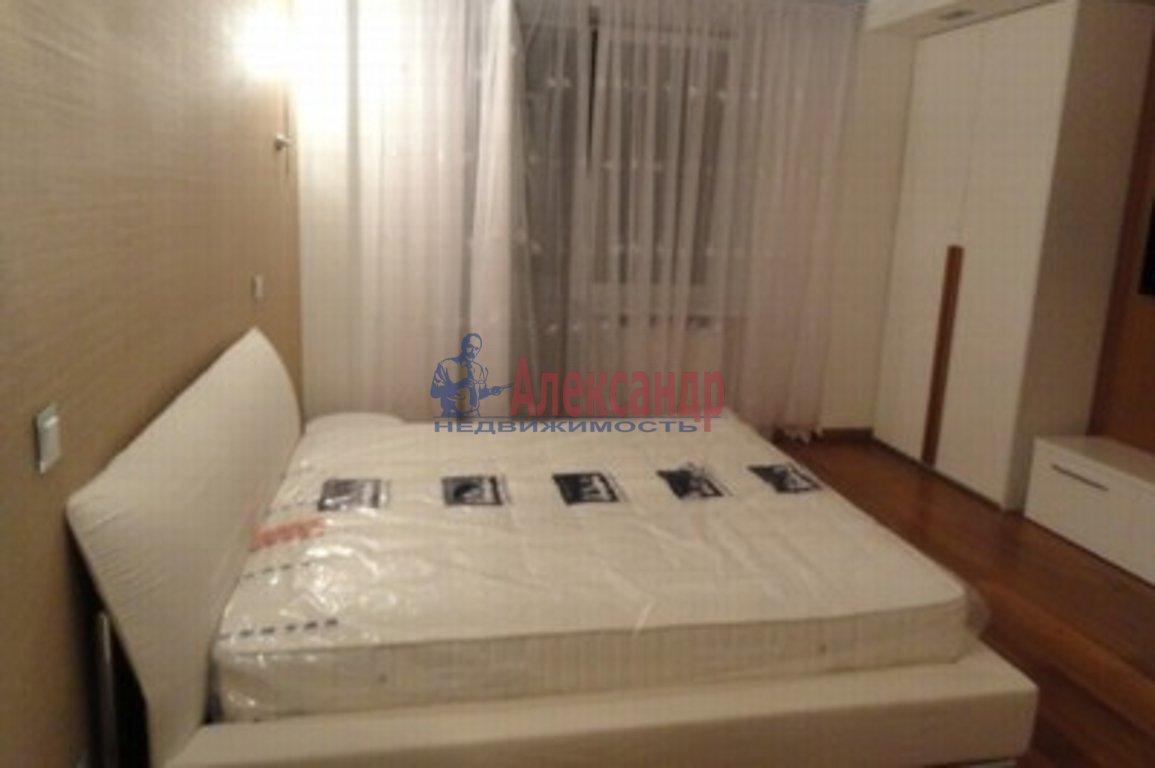 3-комнатная квартира (100м2) в аренду по адресу Бухарестская ул., 110— фото 3 из 3