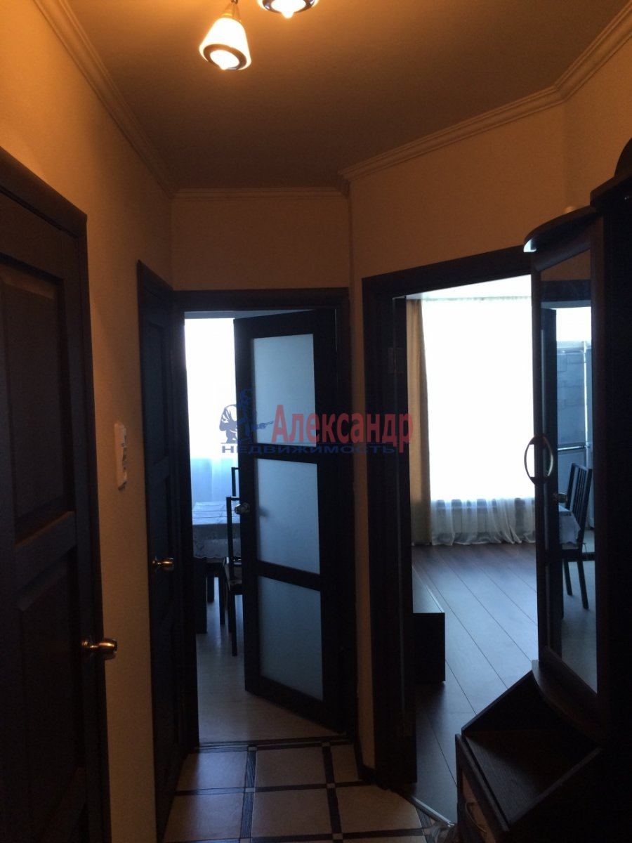 1-комнатная квартира (39м2) в аренду по адресу Кораблестроителей ул., 19— фото 5 из 8