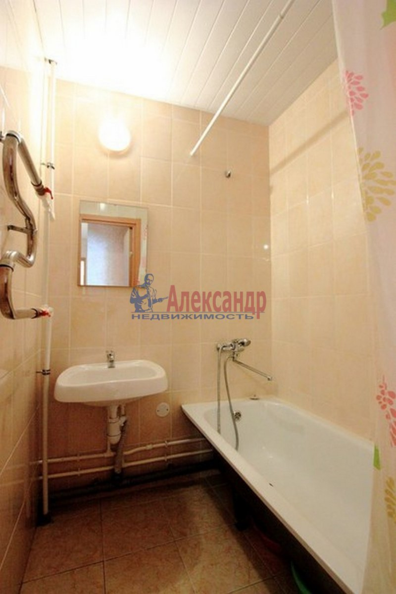 2-комнатная квартира (62м2) в аренду по адресу Морская наб.— фото 7 из 9