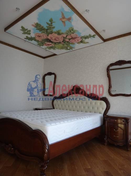 2-комнатная квартира (80м2) в аренду по адресу Реки Мойки наб., 16— фото 5 из 6