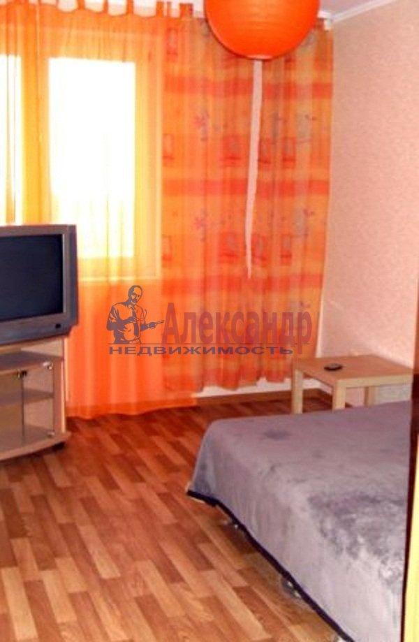 2-комнатная квартира (58м2) в аренду по адресу Яхтенная ул., 7— фото 3 из 6