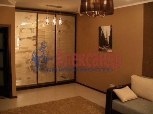 1-комнатная квартира (49м2) в аренду по адресу Коломяжский пр., 15— фото 6 из 6