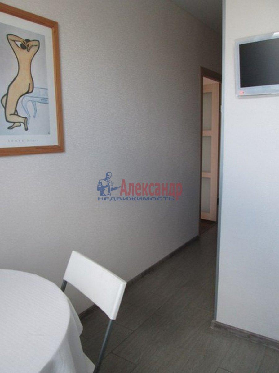 2-комнатная квартира (44м2) в аренду по адресу Космонавтов пр., 52— фото 6 из 8