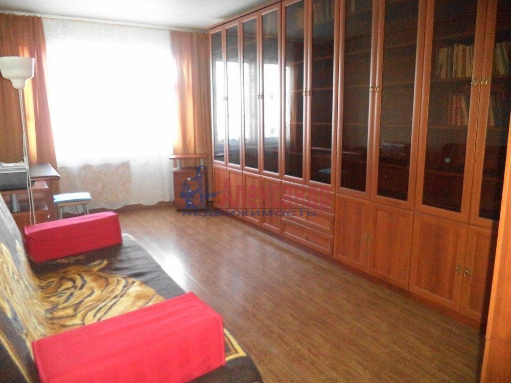 3-комнатная квартира (85м2) в аренду по адресу Богатырский пр., 53— фото 1 из 6