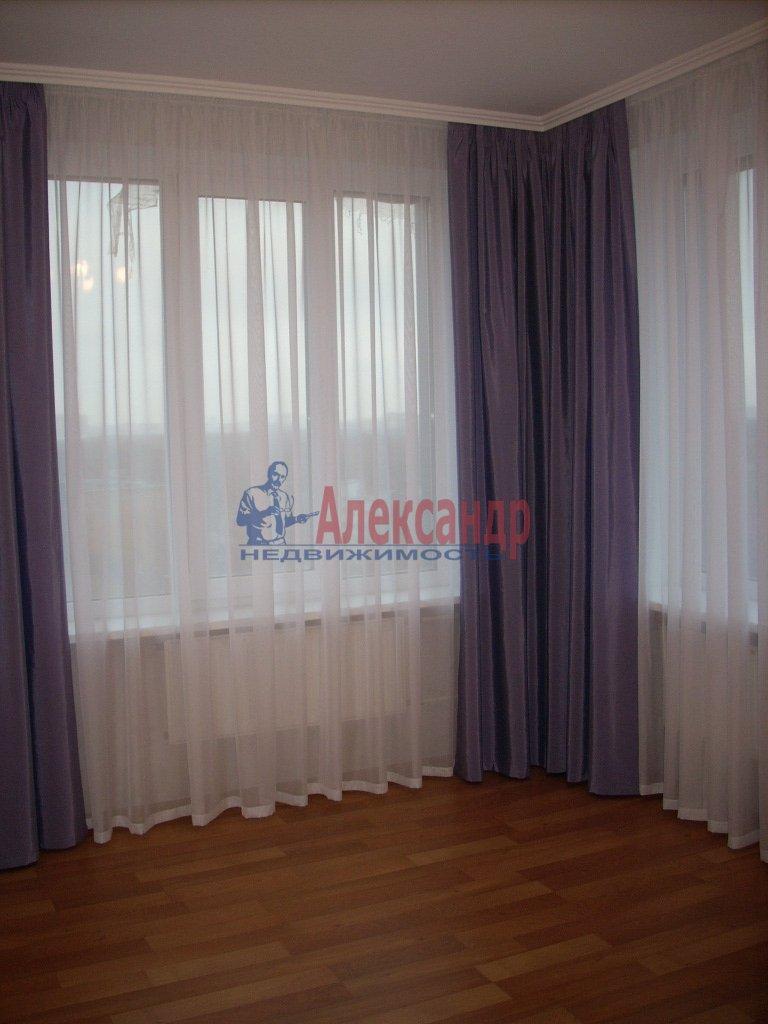 1-комнатная квартира (50м2) в аренду по адресу Решетникова ул., 3— фото 4 из 5
