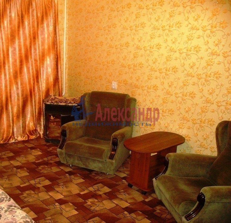 1-комнатная квартира (35м2) в аренду по адресу Стойкости ул., 37— фото 1 из 9