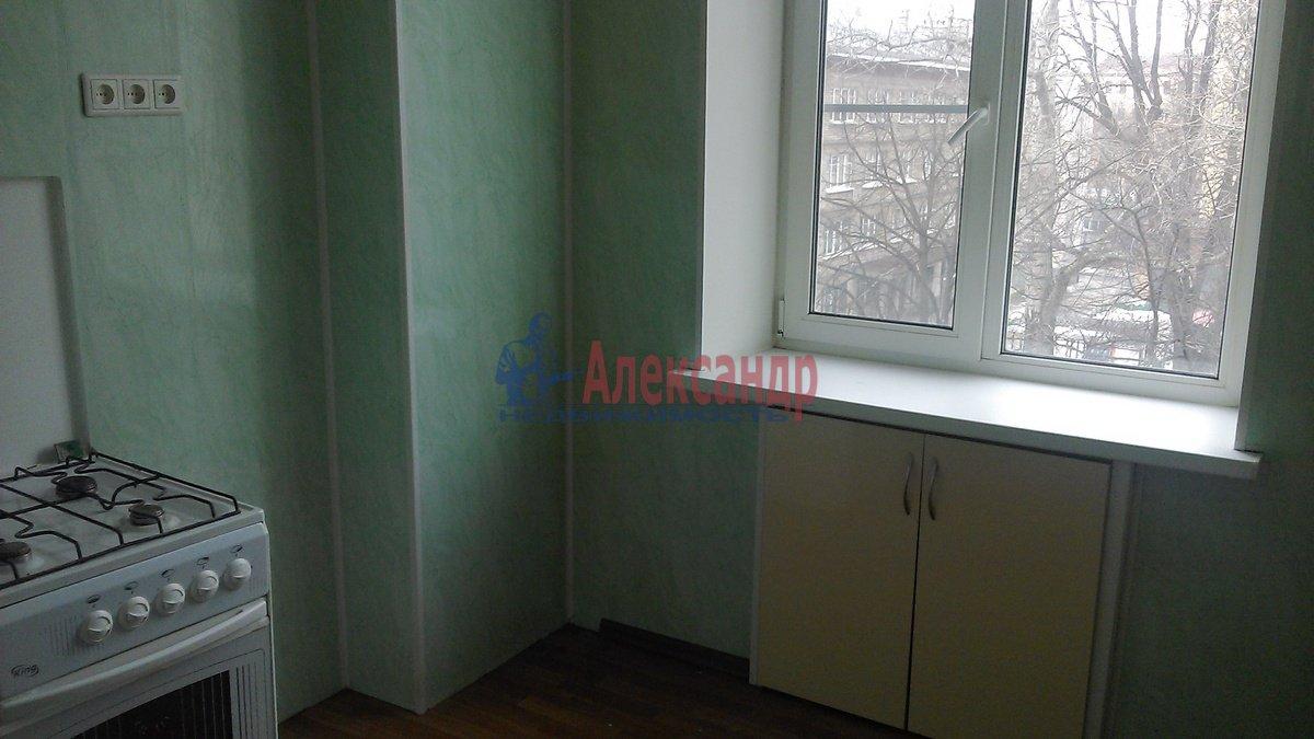 3-комнатная квартира (70м2) в аренду по адресу Очаковская ул., 3— фото 5 из 7