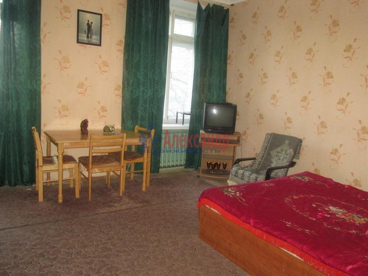 3-комнатная квартира (90м2) в аренду по адресу Московский просп., 191— фото 3 из 9