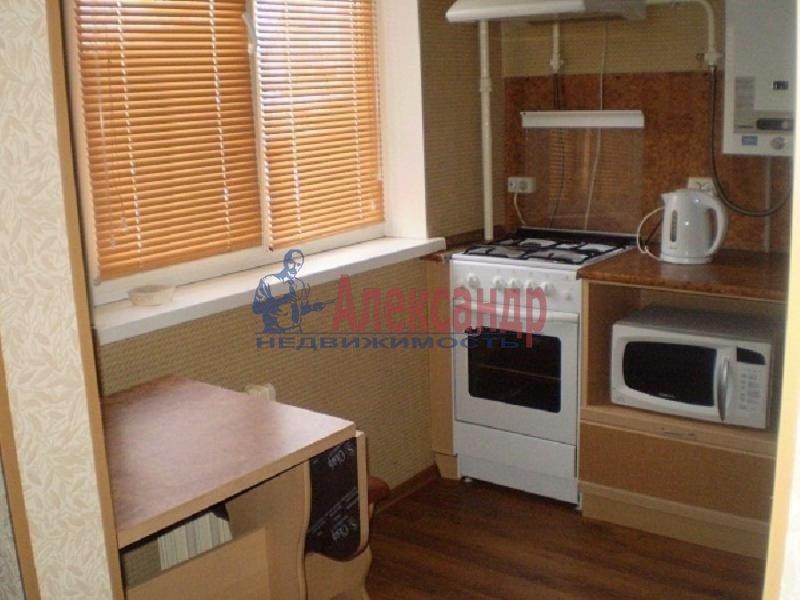 2-комнатная квартира (57м2) в аренду по адресу Юрия Гагарина пр., 12— фото 4 из 4