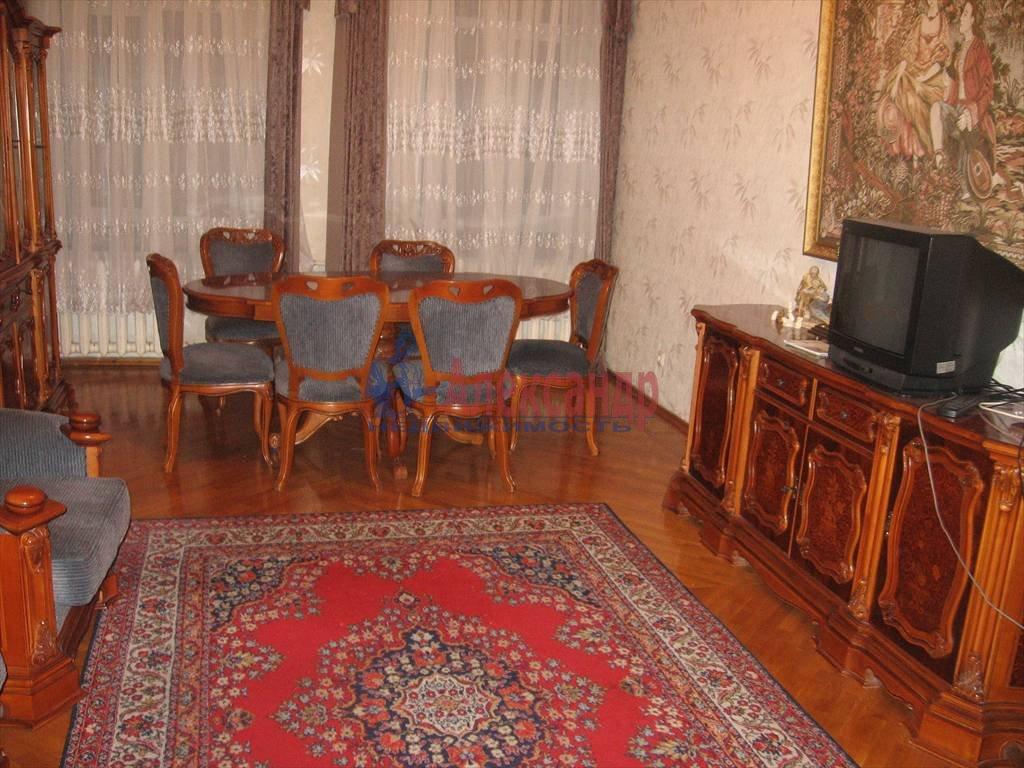 3-комнатная квартира (124м2) в аренду по адресу Мытнинская наб., 11— фото 3 из 5