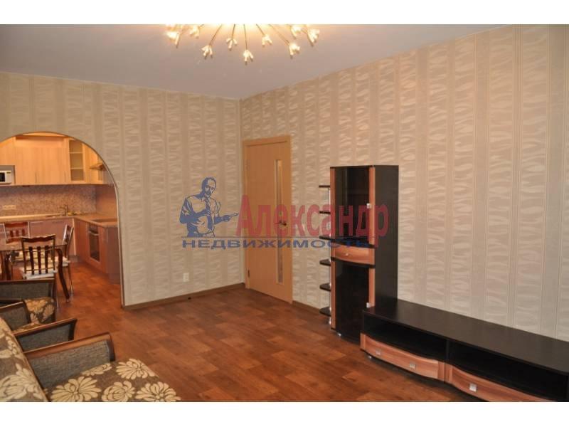 2-комнатная квартира (63м2) в аренду по адресу Октябрьская наб.— фото 2 из 4