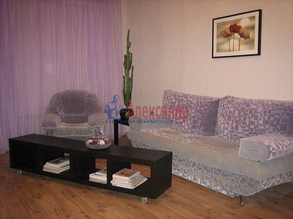 3-комнатная квартира (100м2) в аренду по адресу Поварской пер.— фото 3 из 6