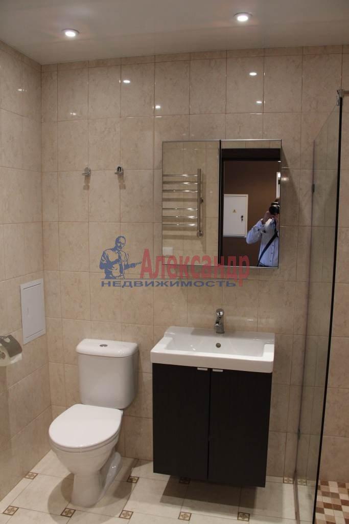1-комнатная квартира (44м2) в аренду по адресу Мурино пос., Привокзальная пл., 3— фото 6 из 11