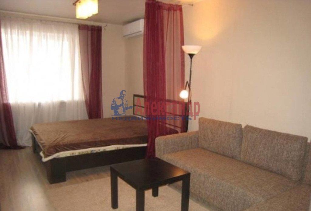 1-комнатная квартира (40м2) в аренду по адресу Южное шос., 55— фото 1 из 3