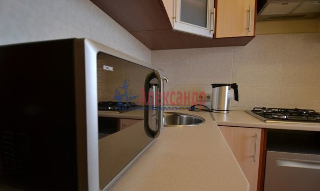 2-комнатная квартира (55м2) в аренду по адресу Московский просп., 182— фото 5 из 5