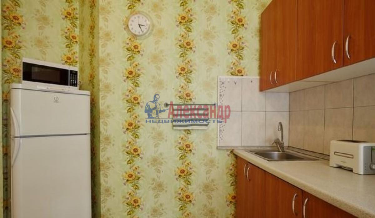 2-комнатная квартира (65м2) в аренду по адресу Канала Грибоедова наб., 2б— фото 9 из 9