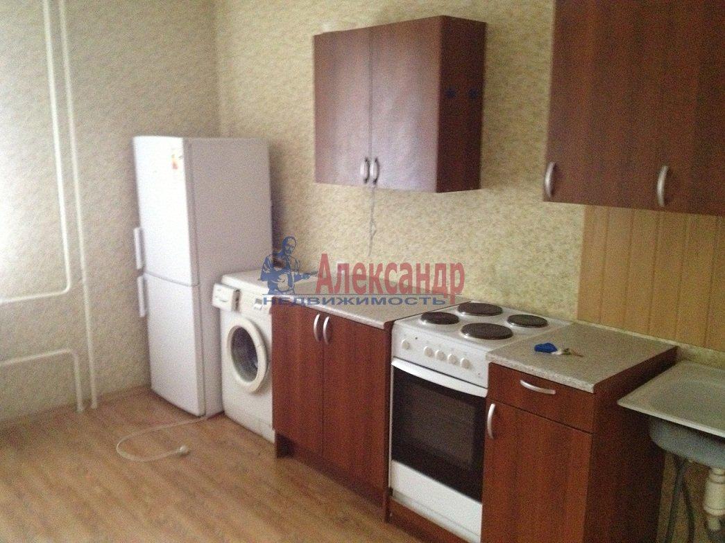 2-комнатная квартира (57м2) в аренду по адресу Доблести ул., 28— фото 2 из 4