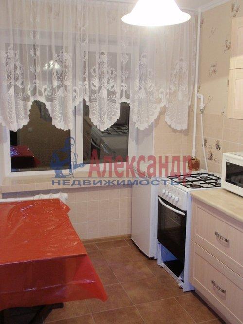 1-комнатная квартира (39м2) в аренду по адресу Богатырский пр., 24— фото 1 из 4