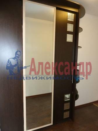 2-комнатная квартира (60м2) в аренду по адресу Юрия Гагарина просп., 14— фото 7 из 9
