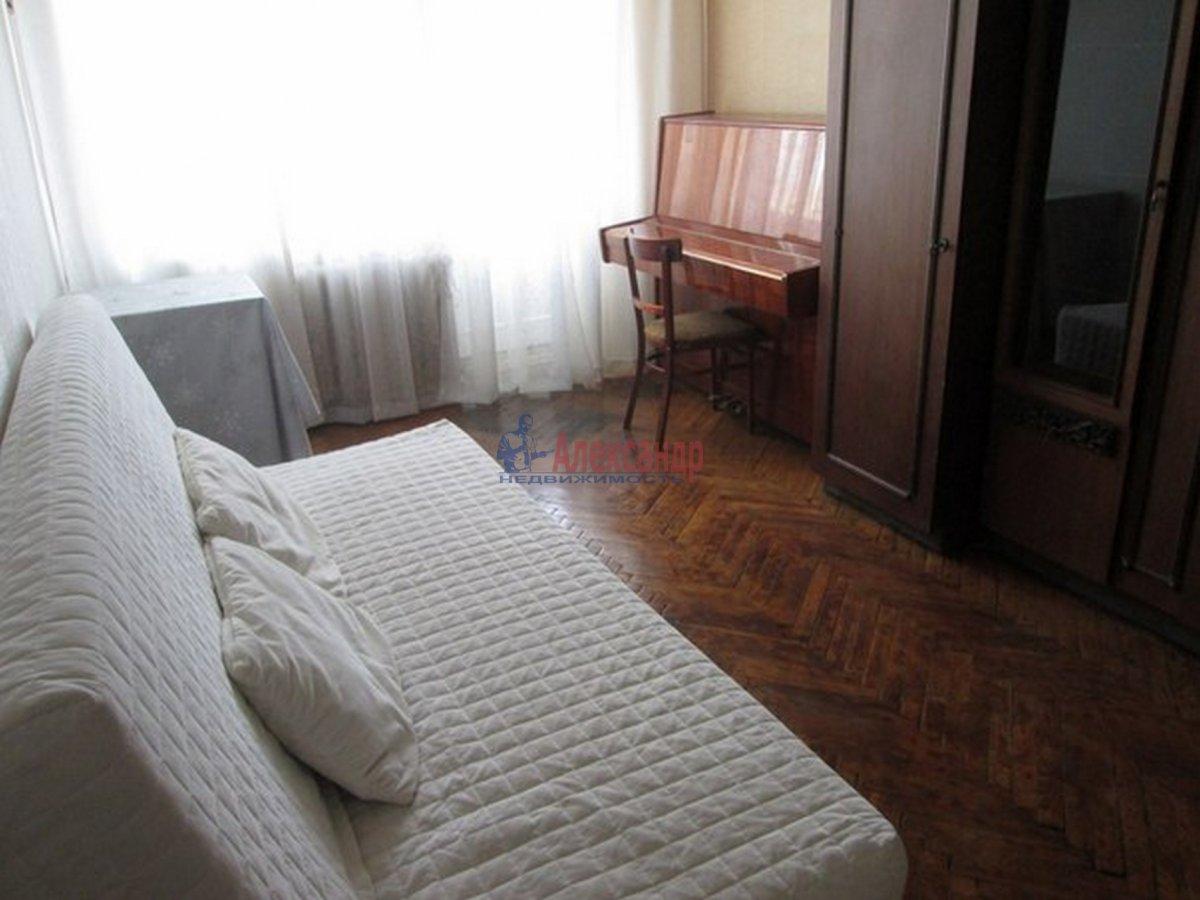 2-комнатная квартира (44м2) в аренду по адресу Космонавтов пр., 52— фото 1 из 8