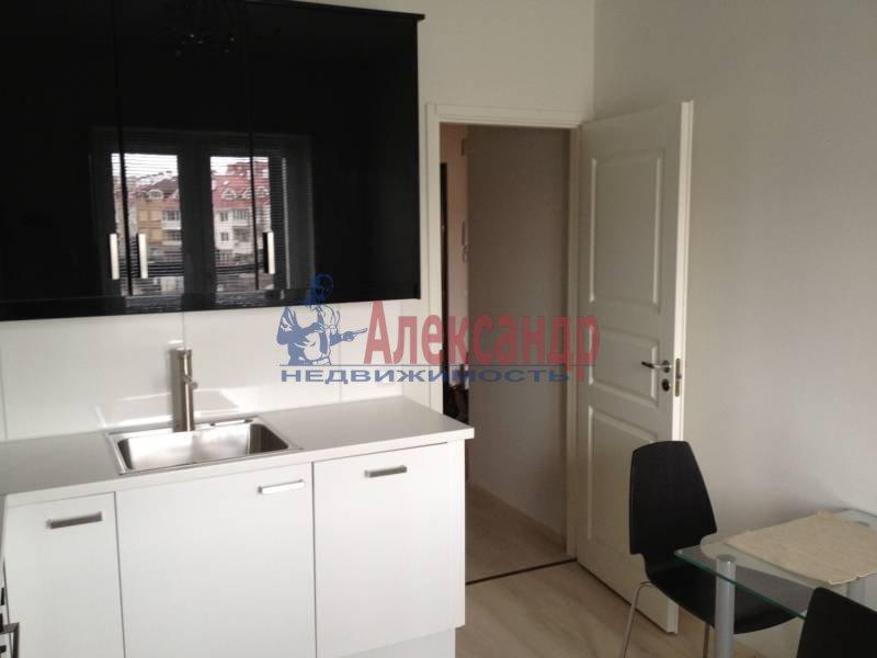 1-комнатная квартира (45м2) в аренду по адресу Народного Ополчения пр., 10— фото 3 из 4