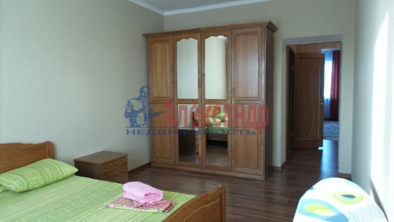 2-комнатная квартира (52м2) в аренду по адресу Загребский бул., 9— фото 1 из 6