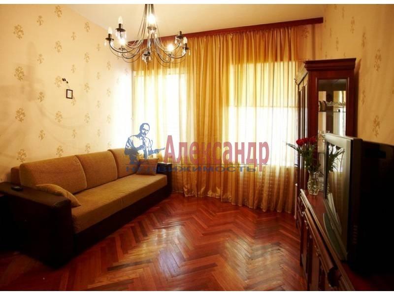 3-комнатная квартира (80м2) в аренду по адресу Канала Грибоедова наб.— фото 2 из 10
