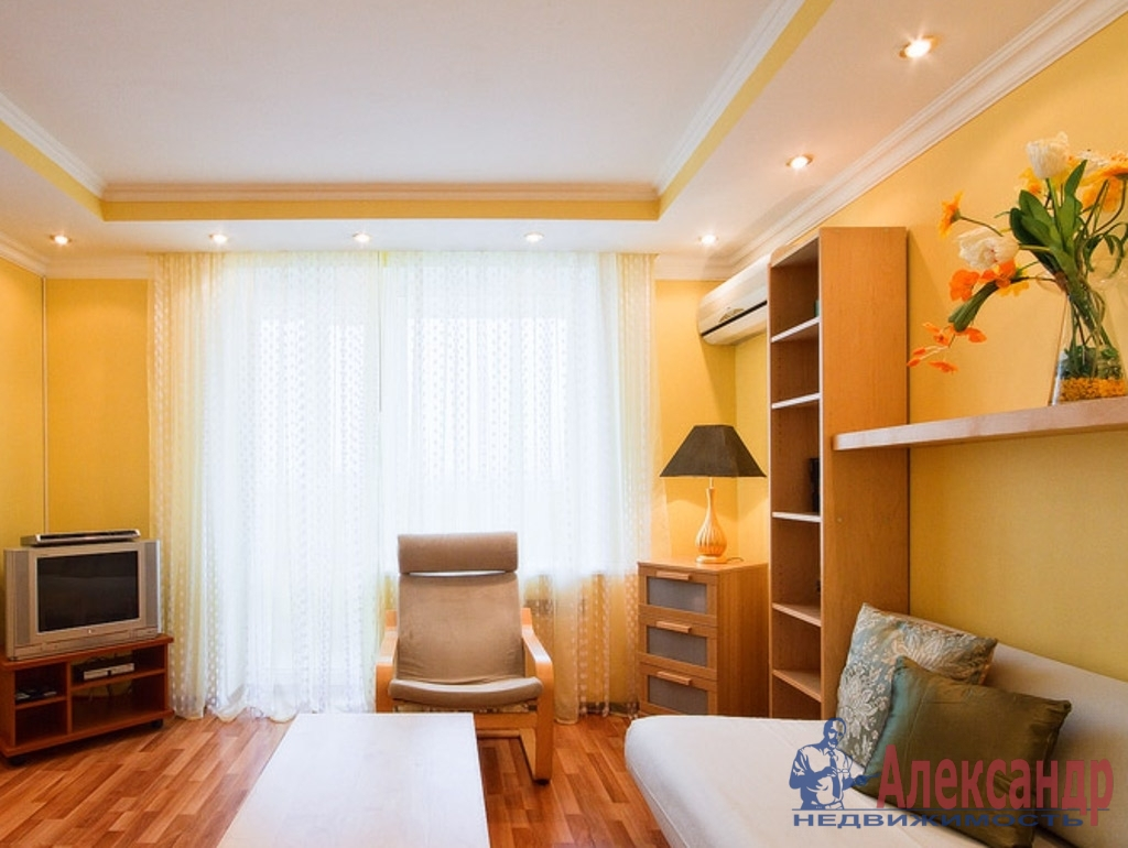 1-комнатная квартира (44м2) в аренду по адресу Розенштейна ул., 9— фото 1 из 2