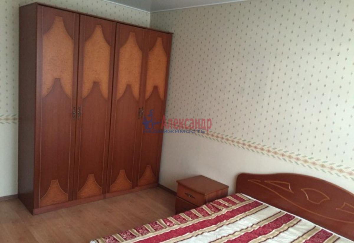 2-комнатная квартира (60м2) в аренду по адресу 6 Красноармейская ул., 16— фото 8 из 11
