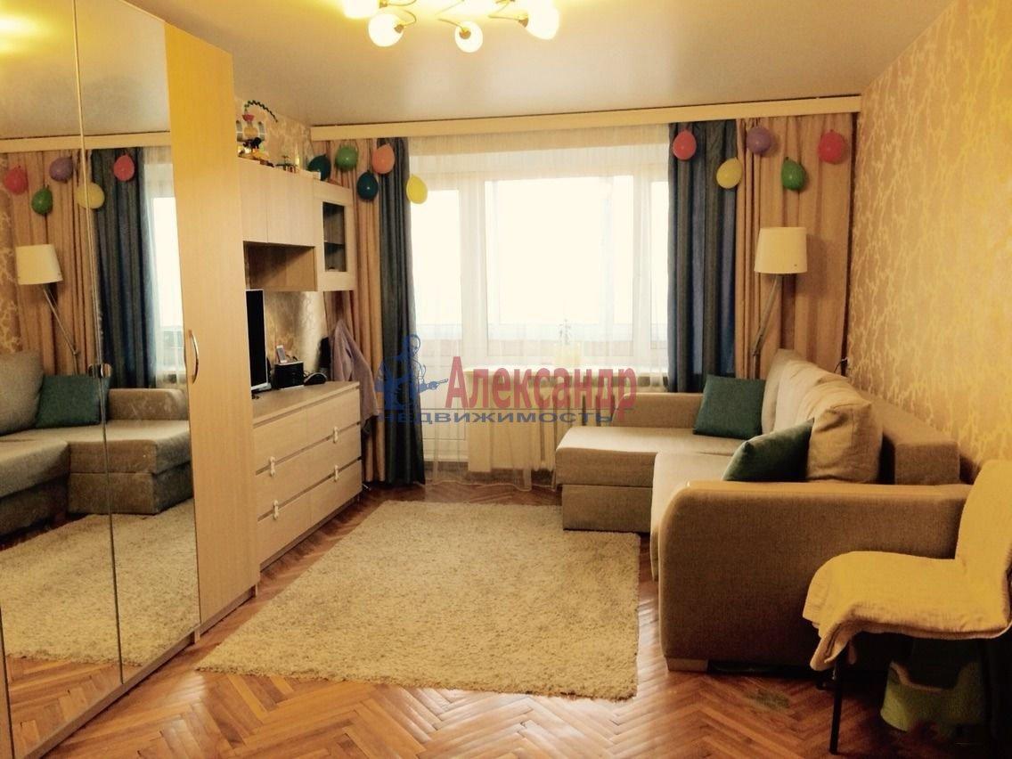 1-комнатная квартира (44м2) в аренду по адресу Художников пр., 12— фото 1 из 5