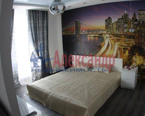 1-комнатная квартира (58м2) в аренду по адресу Комендантская пл., 10— фото 3 из 6