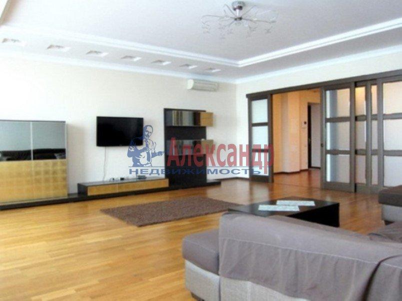 3-комнатная квартира (147м2) в аренду по адресу Реки Мойки наб., 31— фото 2 из 8