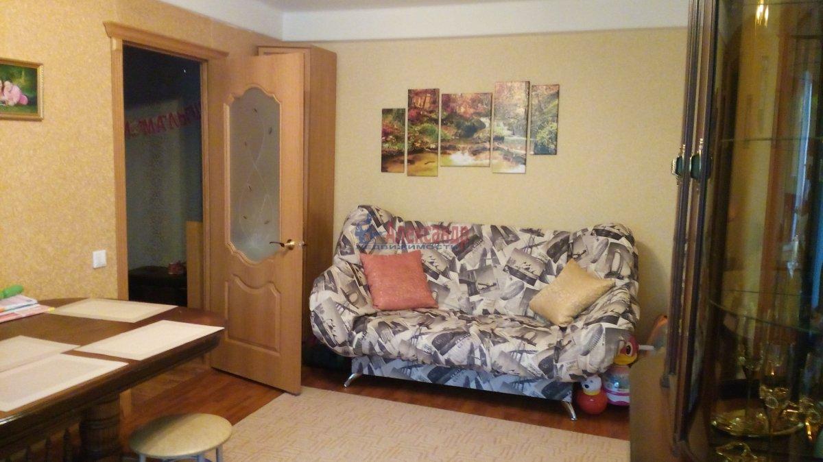 2-комнатная квартира (59м2) в аренду по адресу Заневский пр., 59— фото 2 из 4